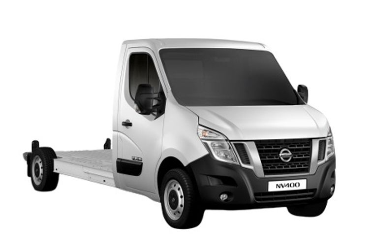 Nissan NV400 L3 35 FWD 2.3 dCi FWD 180PS Acenta Chassis Cab Auto [Start Stop] front view