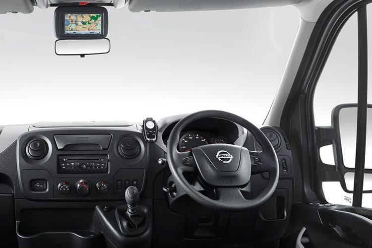 Nissan NV400 L3 35 FWD 2.3 dCi FWD 180PS Acenta Chassis Cab Auto [Start Stop] inside view